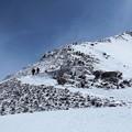 立山連峰・雄山山頂を目指し稜線をゆく
