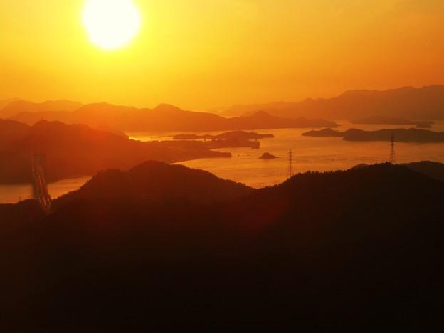 しまなみ海道の黄昏(たそがれ)in 高見山山頂展望台