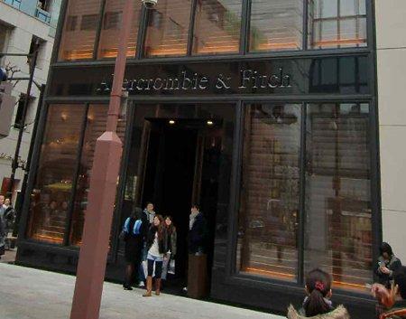 アバクロンビー&フィッチ銀座店 2009年12月15日(火) オープン 2ケ月-220211-3