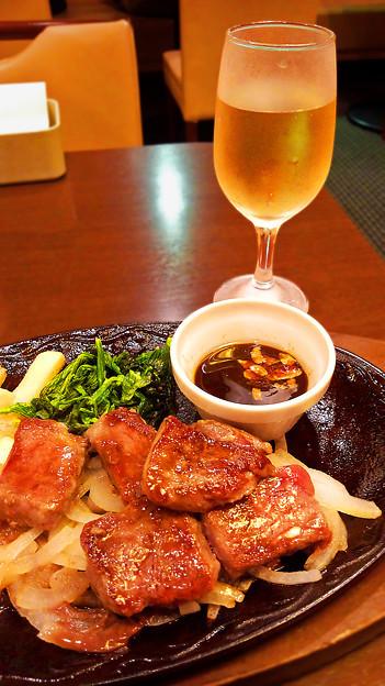 デニーズ ( 成増店 )  白ワイン & 角切りステーキ