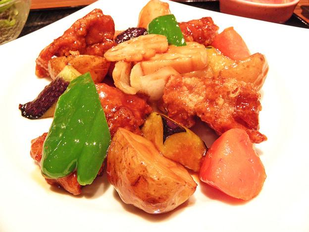 大戸屋 ( 成増 )  鶏カラの黒酢あんかけ