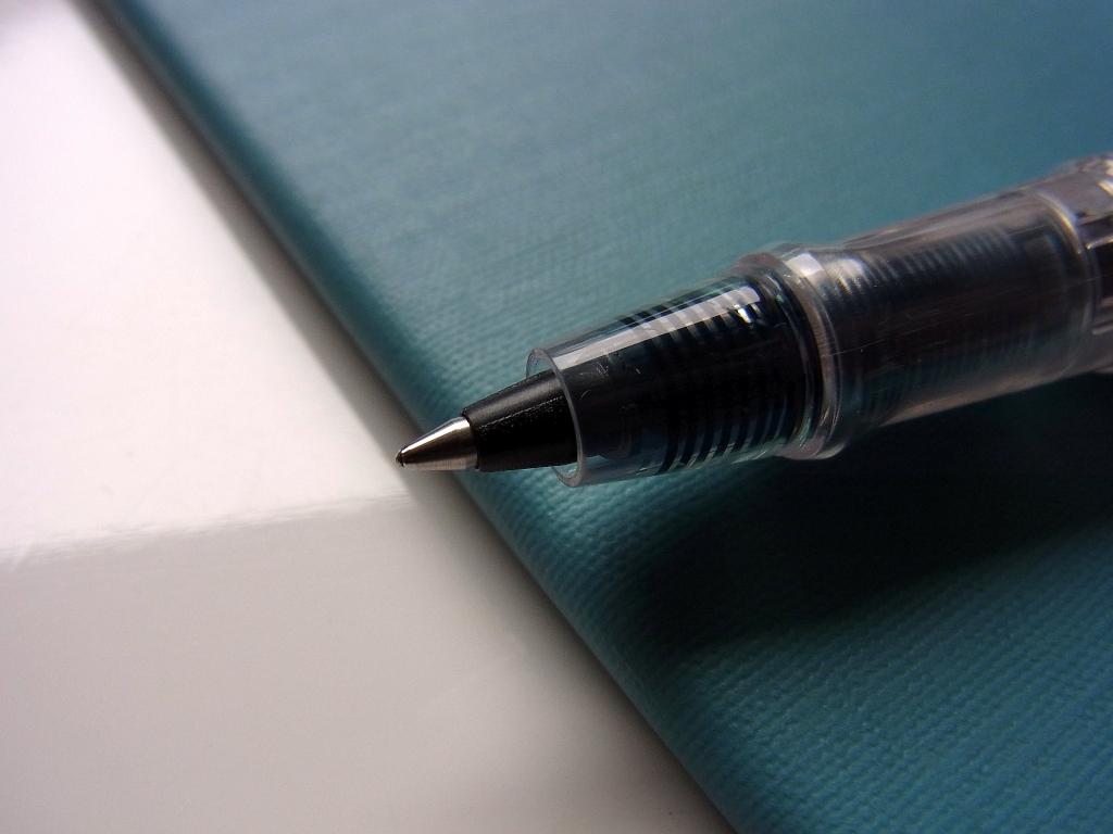 Original rollerball pen of Kakimori (zoom)