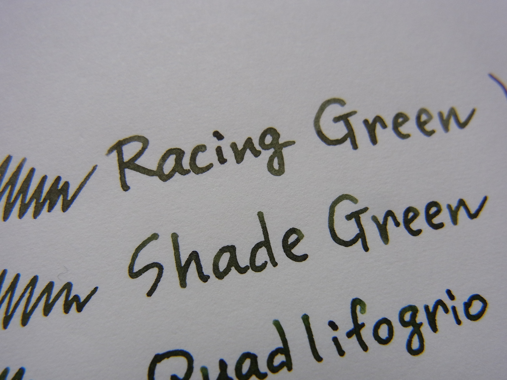 Shade Green comparison Racing Green & Quadrifoglio (zoom)