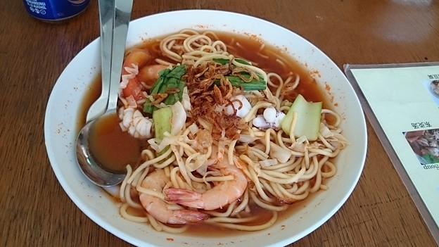 Photos: 海鮮麺 辛い絶品のスープ