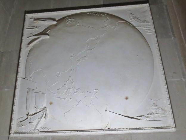 東半球の図