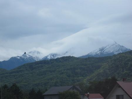 大雪山系初冠雪