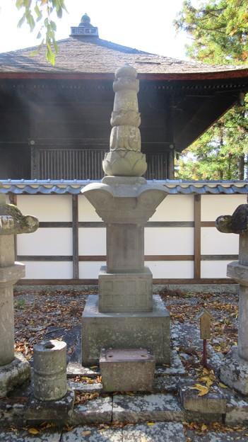 長国寺(長野市松代町)真田幸貫墓