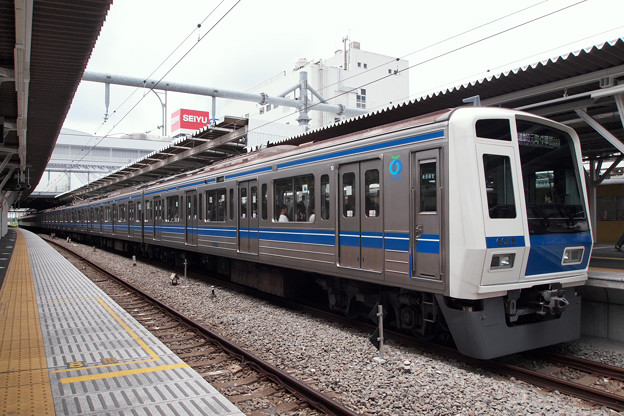 P7219144-e01