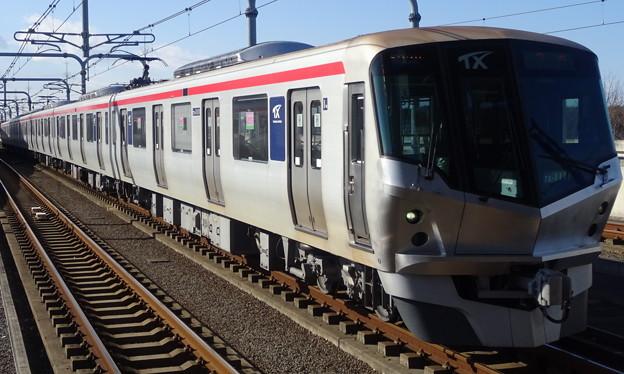首都圏新都市鉄道つくばエクスプレス線TX-1000系(有馬記念当日)