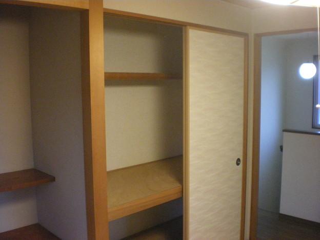 2610 2階和室 押入れ