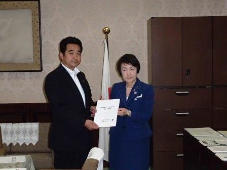 横浜市長による陳情