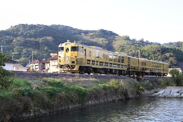 写真: 或る列車 8
