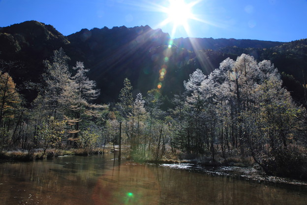 田代池と日の出