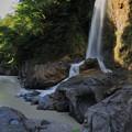 写真: 手取峡谷の滝