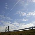 Photos: 2本の飛行機雲