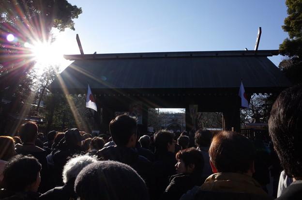 写真: 1月2日の初詣の風景