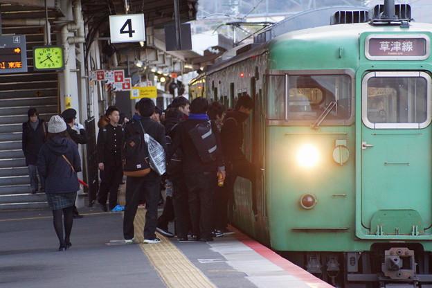 石山駅の写真0024