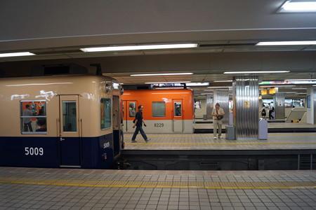 阪神梅田駅の写真0001