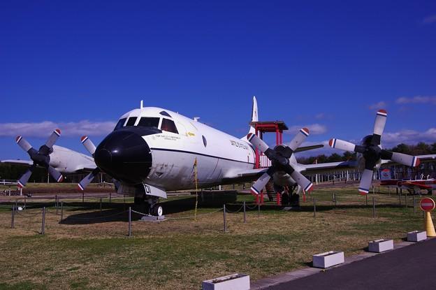 航空科学館の三沢大空ひろばのアメリカ海軍P-3C ・・20140502