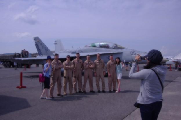 Photos: 女性に人気のVMFA224ベンガルズのパイロットたち・・