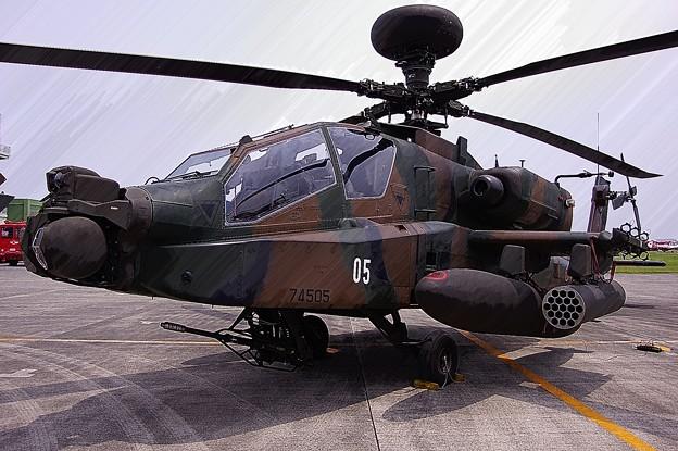 木更津のAH-64Dアパッチロングボウ・・ウェポンユニット搭載機