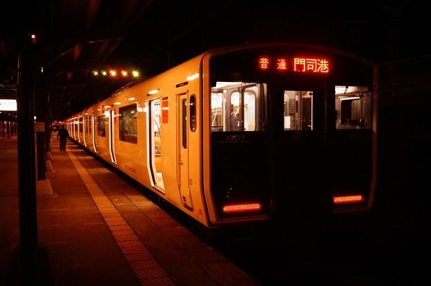 Photos: 撮って出し。。レトロな駅。。門司港ホーム 817系普通列車。。11月21日