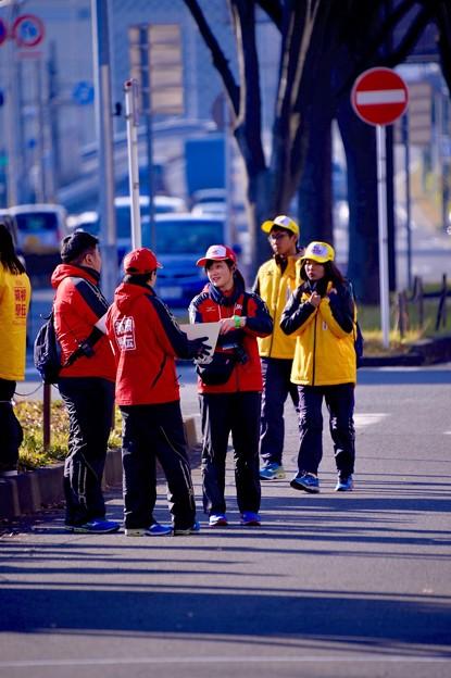 箱根駅伝を支える若いスタッフたち。。横浜鶴見中継所 1月3日