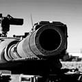 モノクロ ナナヨンの主砲。。習志野駐屯地。。20160110
