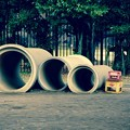 Photos: ジャイアンいるかな?。。土管遊ぶ光景が。。