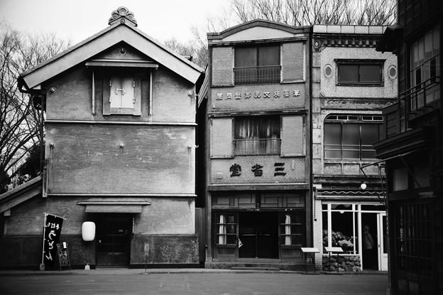 モノクロの商店。。江戸東京たてもの園 20160313