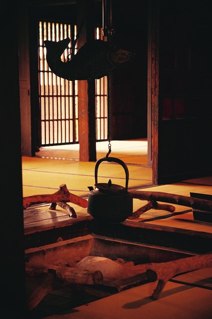 だいぶタイムスリップ。。日本家屋囲炉裏のある風景。。江戸東京たてもの園 20160313