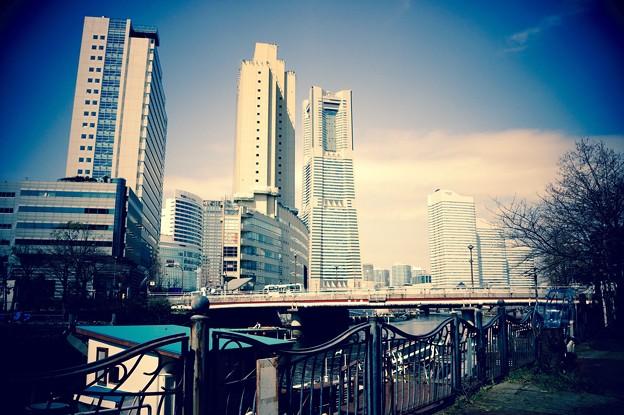 大岡川から見るみなとみらい。。散策 20160327