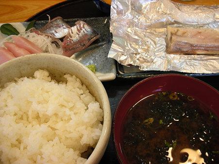 大衆食堂・丸魚2