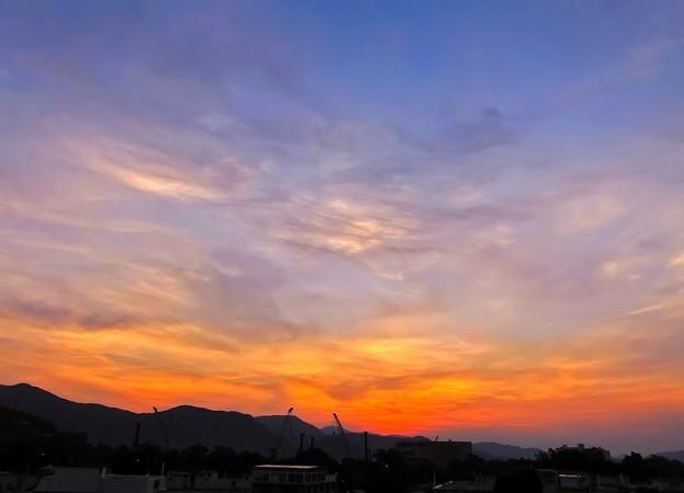 日出 sunrise color