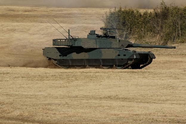降下訓練始め29 10式戦車