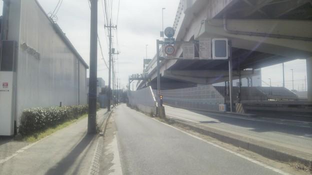 埼玉県八潮市、自転車が首都高速に入った場所周辺その1