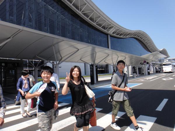 仙台空港で実家出発組の私たちと合流
