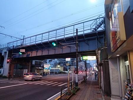 神奈川 鶴見 JR国道駅