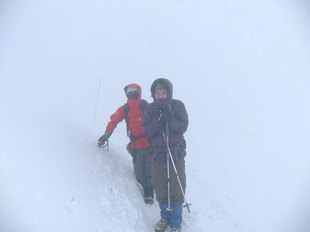 山頂付近のtakさんとganzさん