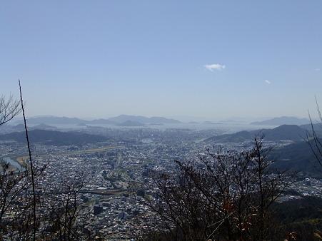 阿武山頂から望む広島湾