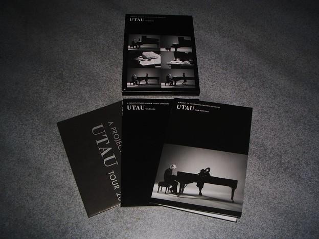 UTAU TOUR BOOK & DVD & ポスター