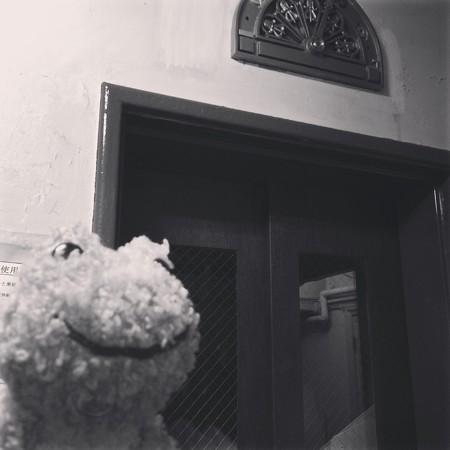 奥野ビルのエレベーター