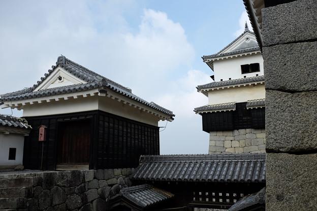 松山城の小天守と一ノ門南櫓