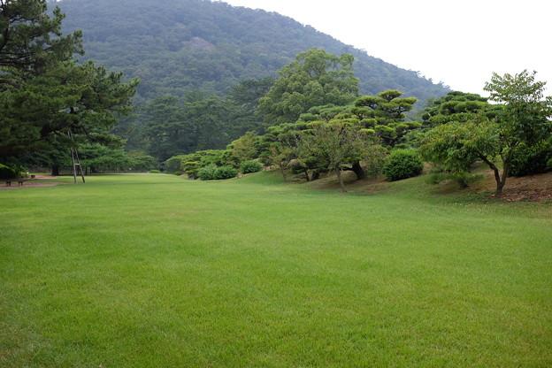 緑あふれる栗林公園
