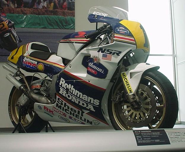 写真: 18 1989 Rothmans HONDA NSR500 Eddie Lawson ロスマンズ ホンダ エディー・ローソン d102
