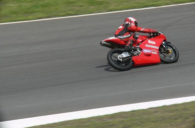 写真: P134011 2014 38 野澤秀典 HONDA NSF250R ノザワレーシングファミリー 全日本ロードレース J_GP3 SUPERBIKE もてぎ jrr  0
