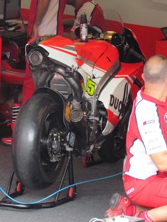 2 35 Cal CRUTCHLOW Ducati Japan  motogp motegi もてぎ 2014 IMG_1947